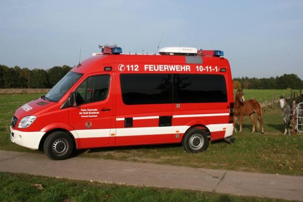 http://feuerwehr-buxtehude.de/media/img/bilder_ow_bu1/bilder_bu1_fa/elw/4161s.jpg