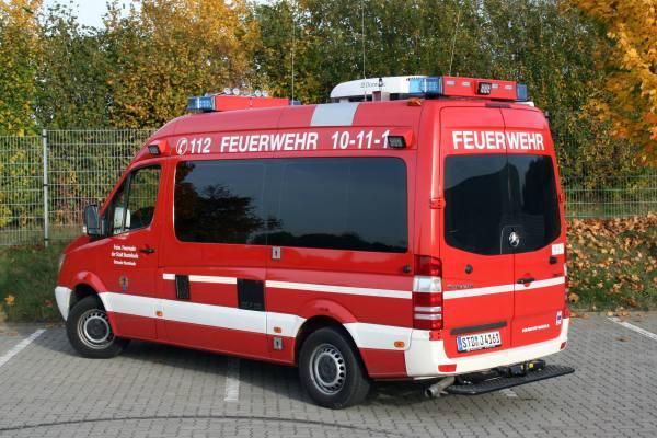 http://feuerwehr-buxtehude.de/media/img/bilder_ow_bu1/bilder_bu1_fa/elw/4161za.jpg