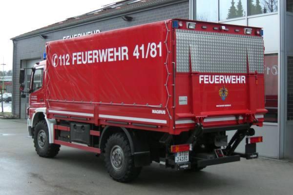 http://feuerwehr-buxtehude.de/media/img/bilder_ow_bu1/bilder_bu1_fa/gwl/4181i.JPG