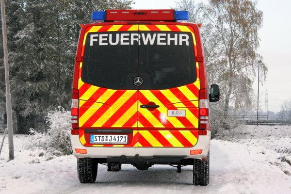 http://feuerwehr-buxtehude.de/media/img/bilder_ow_bu1/bilder_bu1_fa/mtf/4171d.jpg