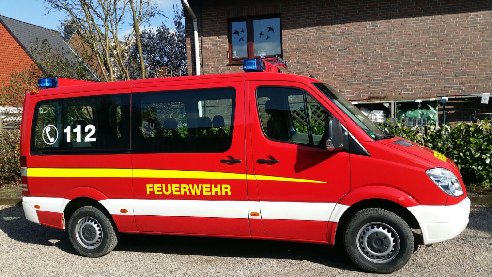 http://feuerwehr-buxtehude.de/media/img/bilder_ow_im/bilder_im_fa/mtf/4176b.jpg