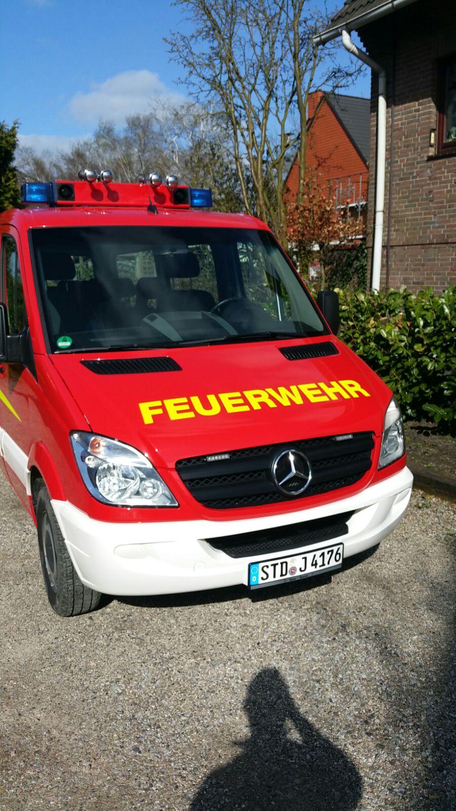 http://feuerwehr-buxtehude.de/media/img/bilder_ow_im/bilder_im_fa/mtf/4176c.jpg