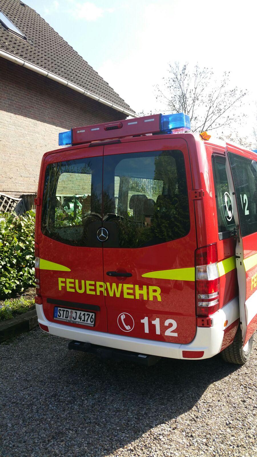 http://feuerwehr-buxtehude.de/media/img/bilder_ow_im/bilder_im_fa/mtf/4176d.jpg