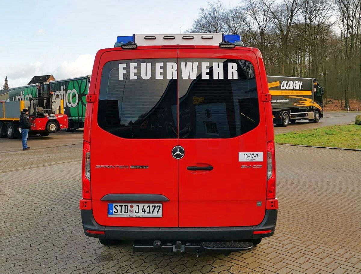 http://feuerwehr-buxtehude.de/media/img/bilder_ow_nkl/bilder_nkl_fa/mtf/4177h.jpg