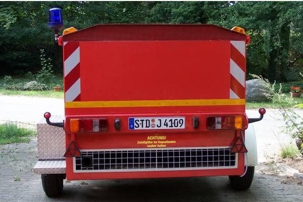 http://feuerwehr-buxtehude.de/media/img/bilder_ow_ov/bilder_ov_fa/anhns/4198f_1.jpg